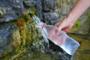 родниковая вода фото