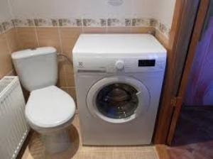 стиральная машинка не сливает воду причины
