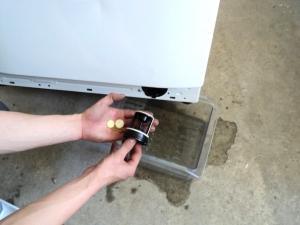стиральная машинка не сливает воду после стирки