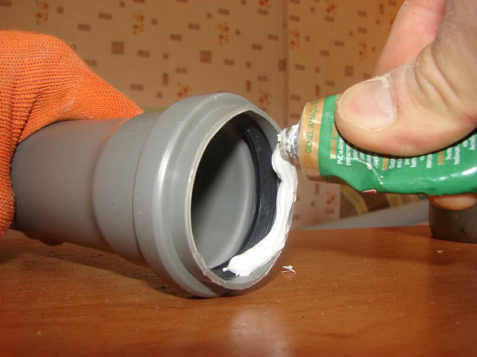 правила монтажа канализации из пластиковых труб