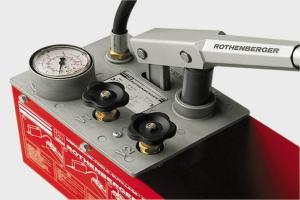 прибор для опрессовки системы отопления